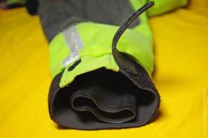 Манжеты драйтопа: латекс, неопрен, застежка-липучка.