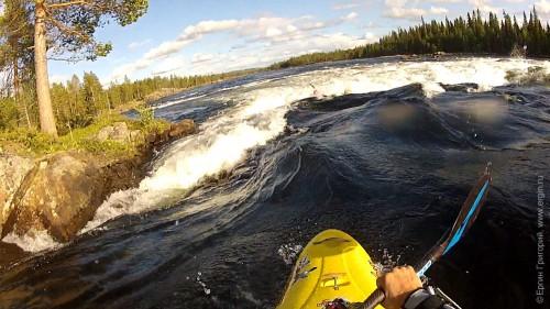 прохождение бочки через все русло реки, Pite älv