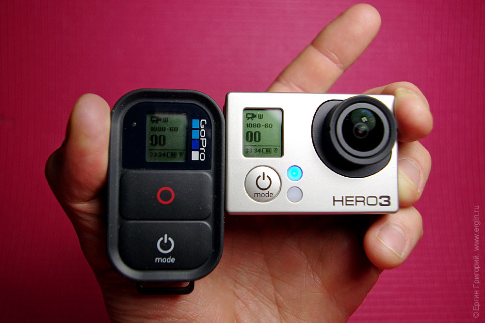 Пульт и экшн-камера GoPro Hero 3 Black Edition соединены по Wi-Fi