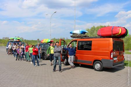 Поездка фристайл каякеров в Платтлинг тремя автобусами
