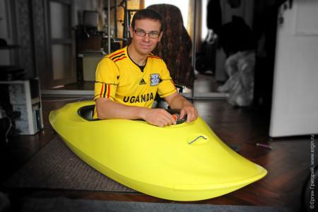 Карбоновая лодка каяк для фритстайла на бурной воде от Reactive Composites