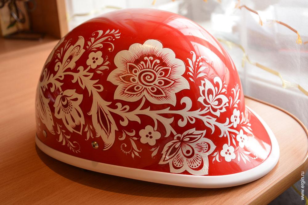 Шлем каякера с авторским художественным рисунком