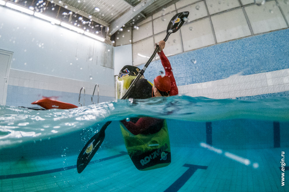 Dome port тест в бассейне каякинг