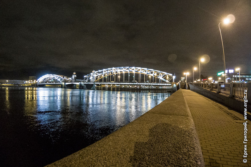 Мост через Неву Санкт-Петеребург