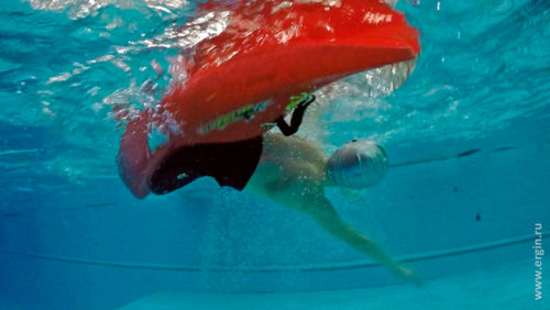Каякер под водой