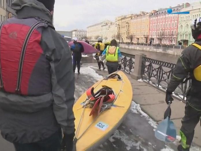 Санкт-Петербург набережная байдарочники