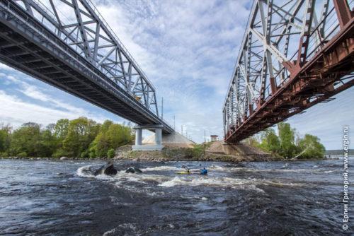 Лосево бочки под мостами малая косая камень Жандарм мосты