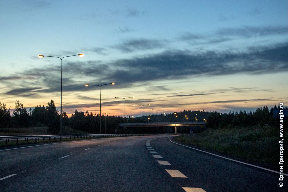 По дороге в Лиексу белые ночи в Финляндии