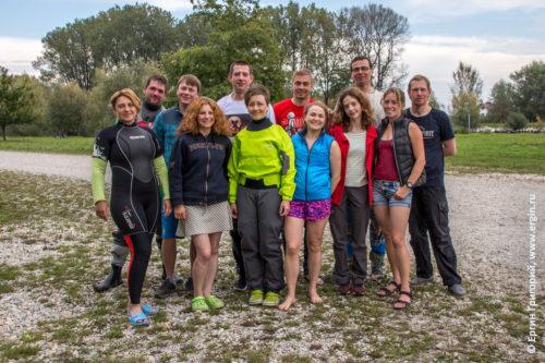 Групповая фотография каякеров участников поездки в Германию Баварию Платтлинг
