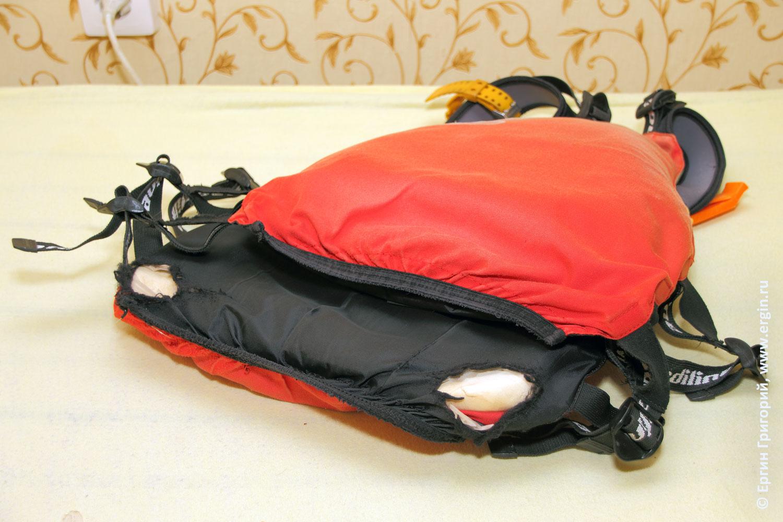 Прорехи на спасательном жилете повреждения в местах контакта с застежкой драйтопа драйдека и юбки