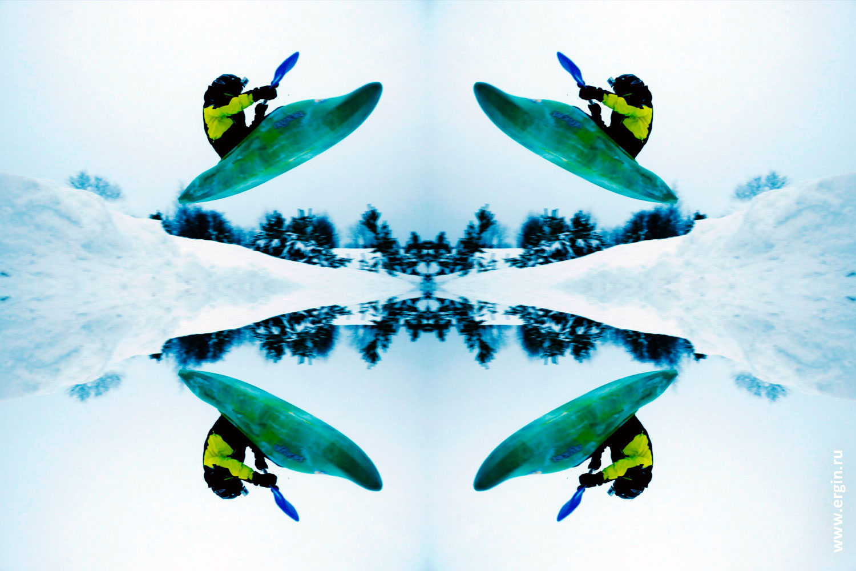 Сноукаякинг четыре каякера в каяках летят над снегом
