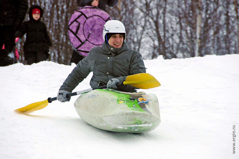 Радость каякера зимой от сноукаякинга