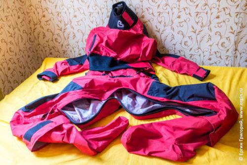 Снаряжение для каякинга Сухой костюм Российского производства бренд Вода Vodagear