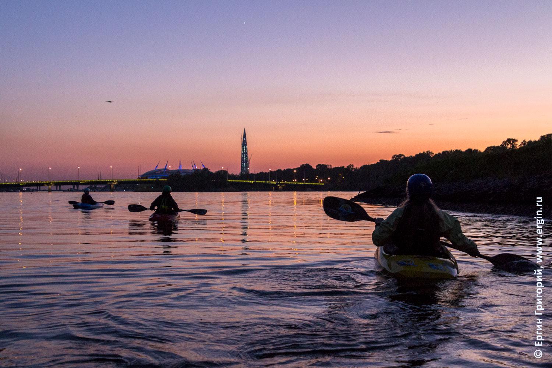 Закат и каякеры в Санкт-Петербурге на реке Ждановка