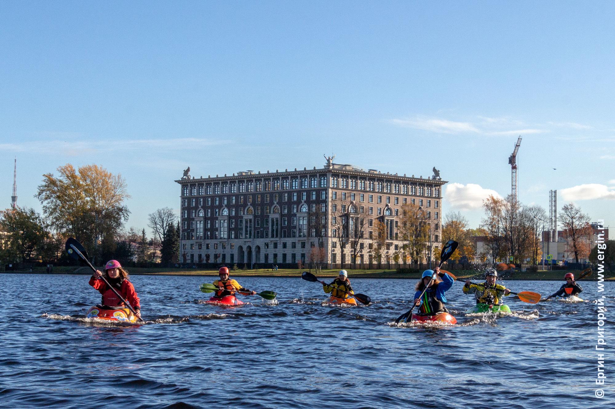 Санкт-Петербург каякеры на Средней Невке