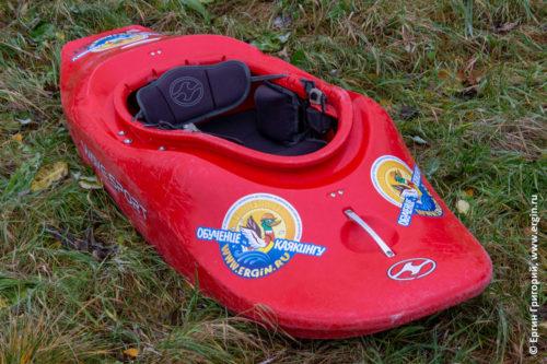 WaveSport Project 52 каяк для фристайла на бурной воде родео