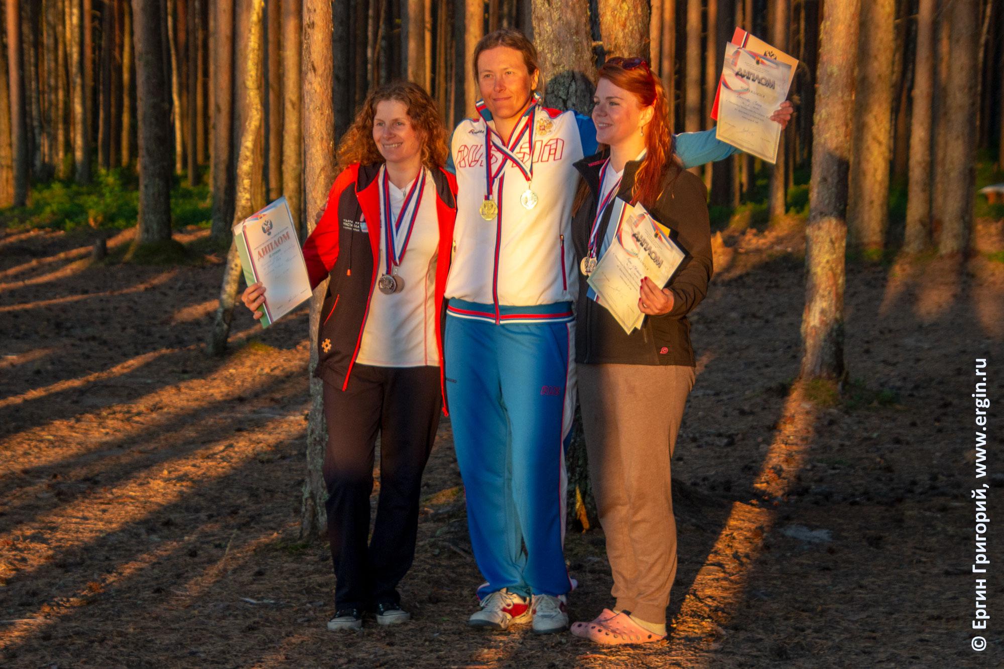 Призеры Чемпионата России по фристайлу на бурной воде в Тивдии в категории К1Ж