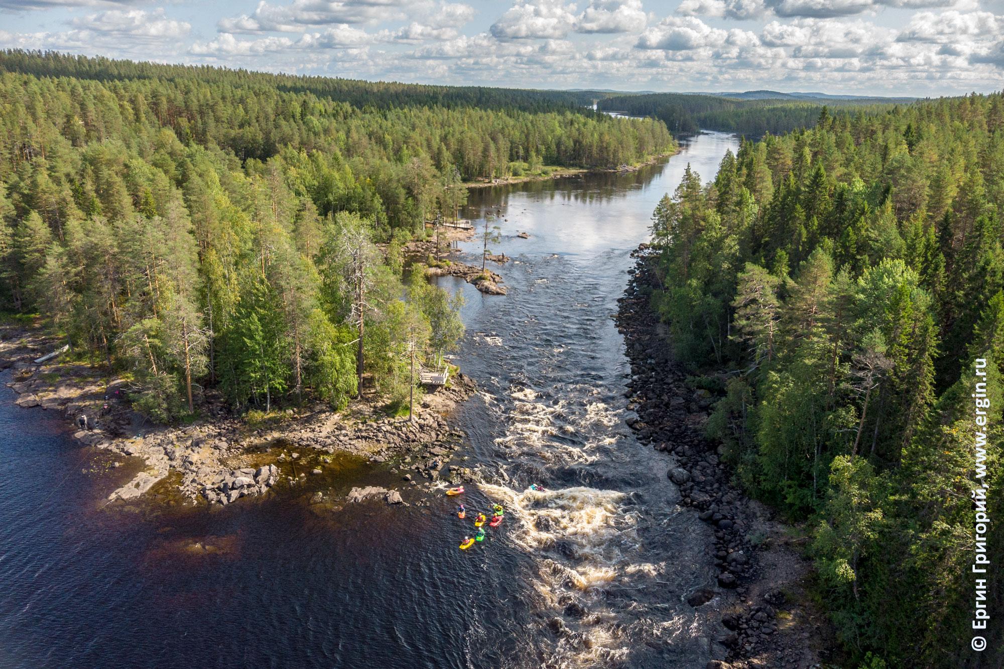 Лиекса порог Нейтикоски порог в августе низкий уровень воды каякеры тренируются