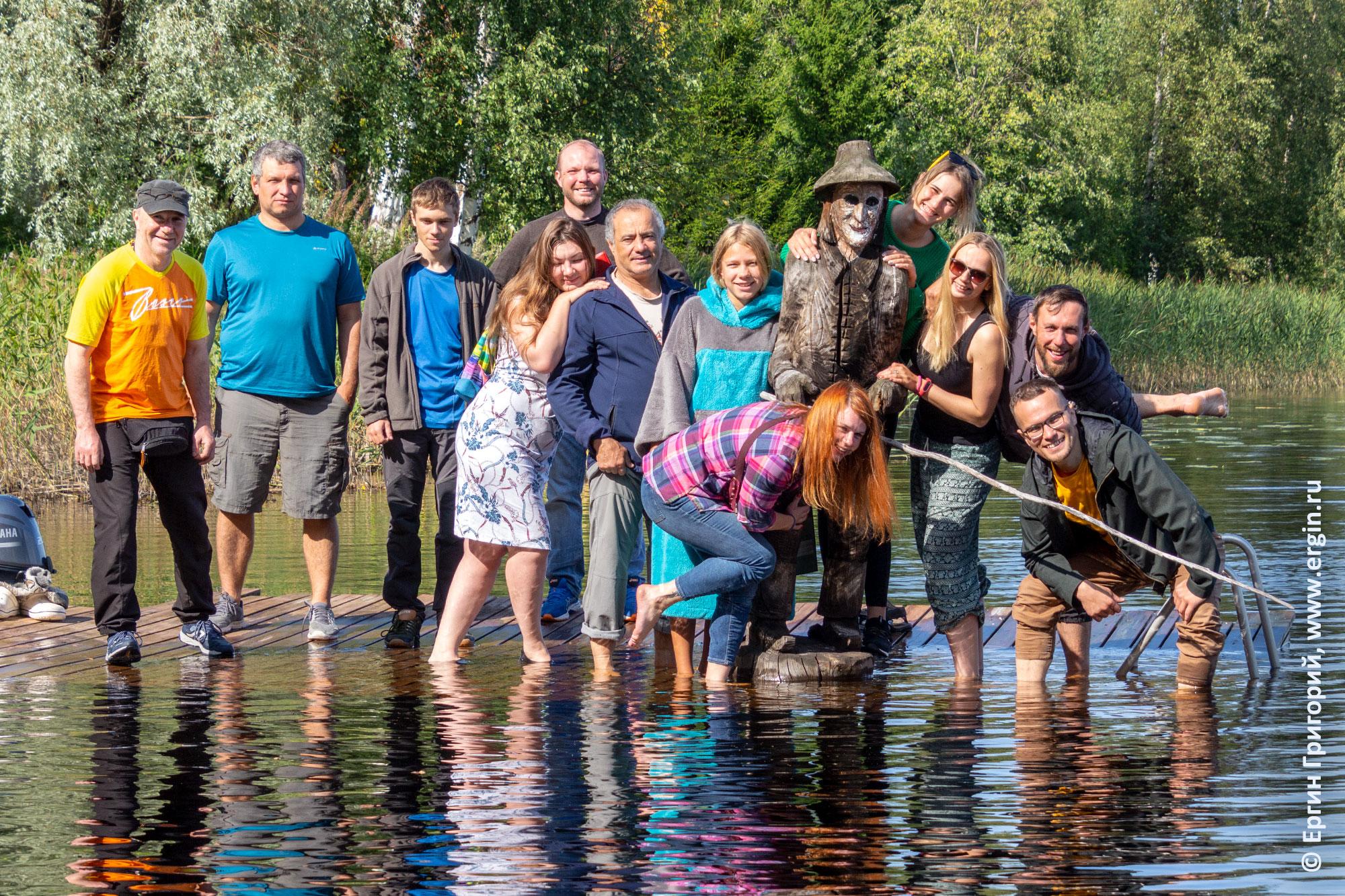 Ruunaa Fishman рыбак и все участники родео-сборов в Лиексе заповеднике Руунаа