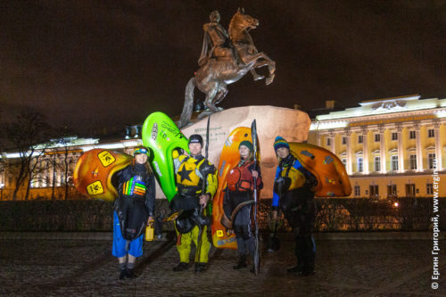 Медный всадник Санкт-Петербург каякинг каякеры каяки весла