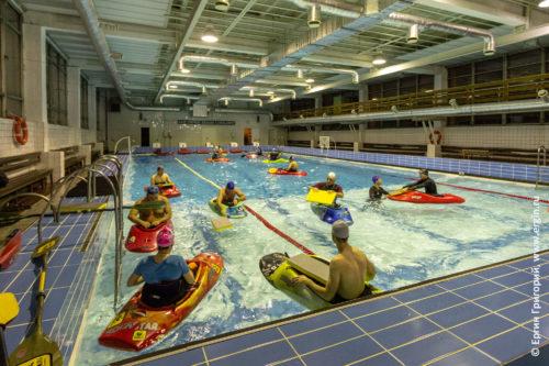 Тренировки по каякингу в бассейне в Санкт-Петербурге