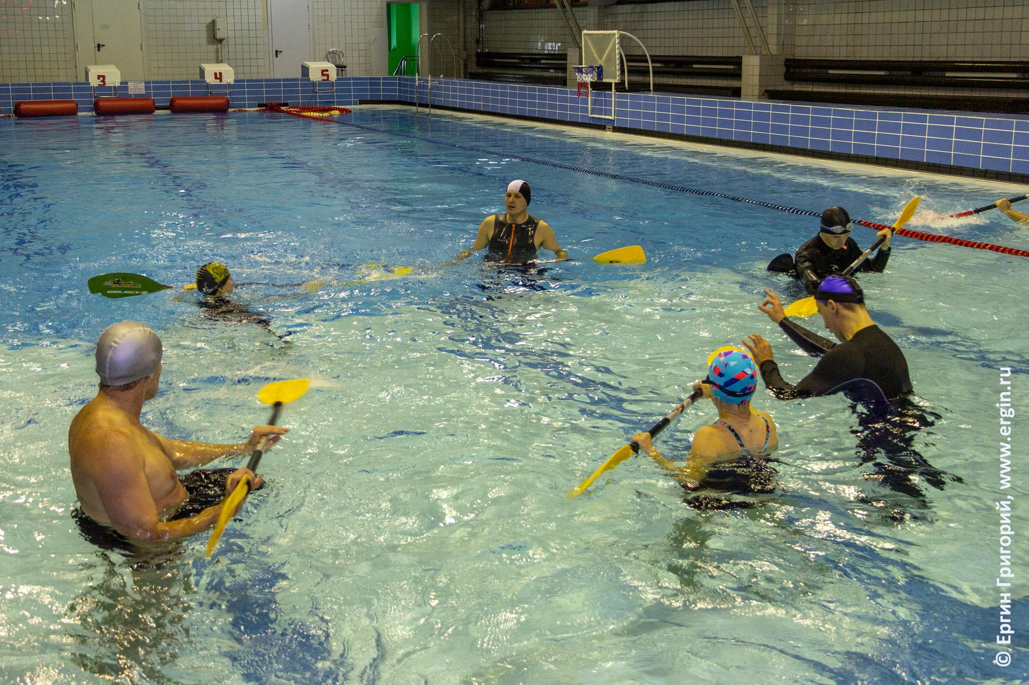 Обучение эскимосскому перевороту: опоры в воде без каяка