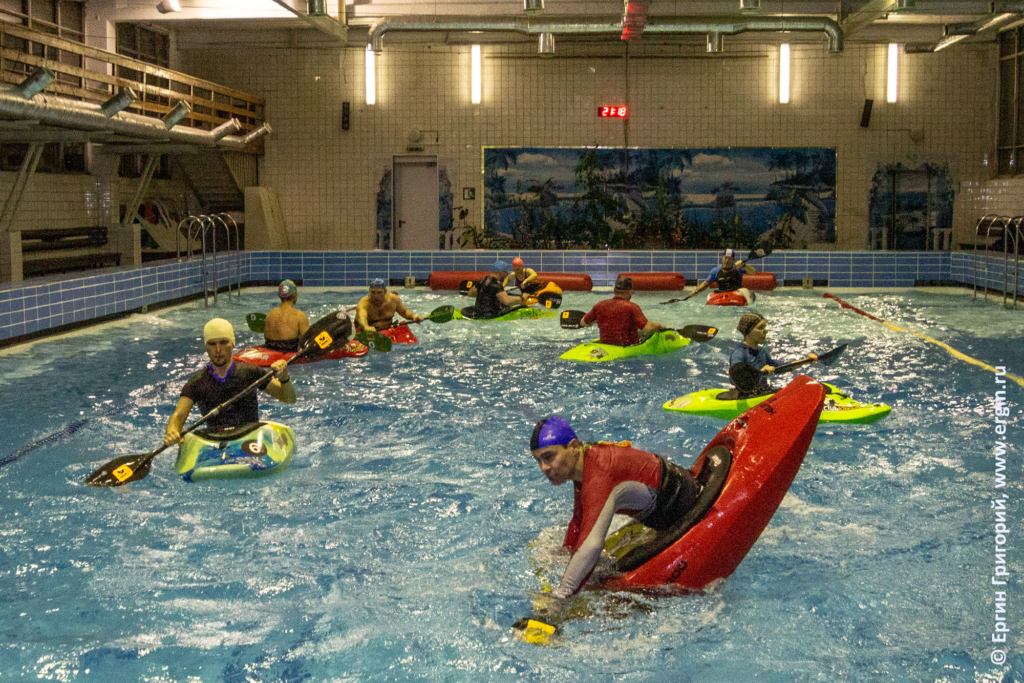 Школа каякинга в бассейне, Санкт-Петербург