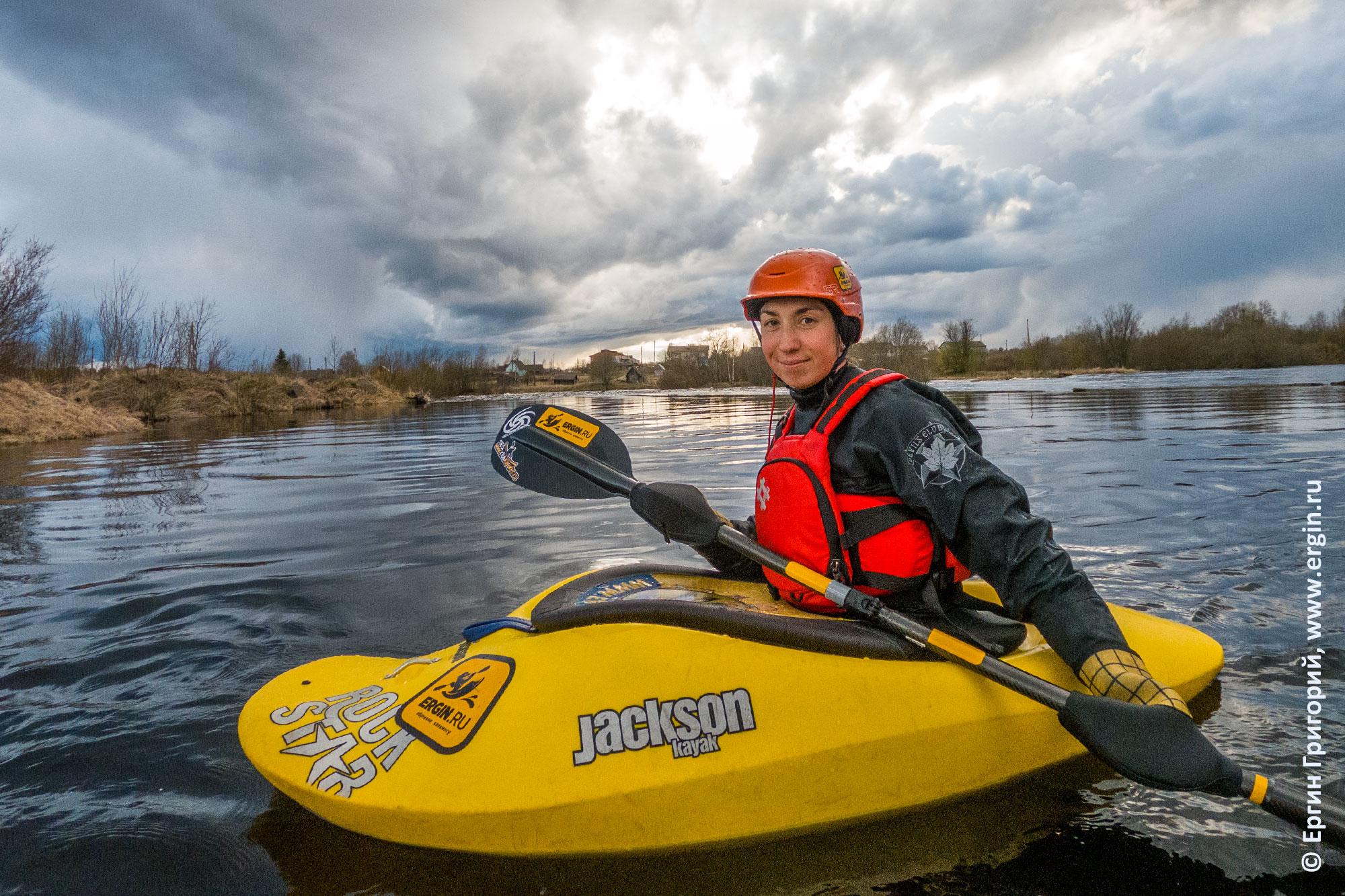 Тренировка эскимосского переворота на озере