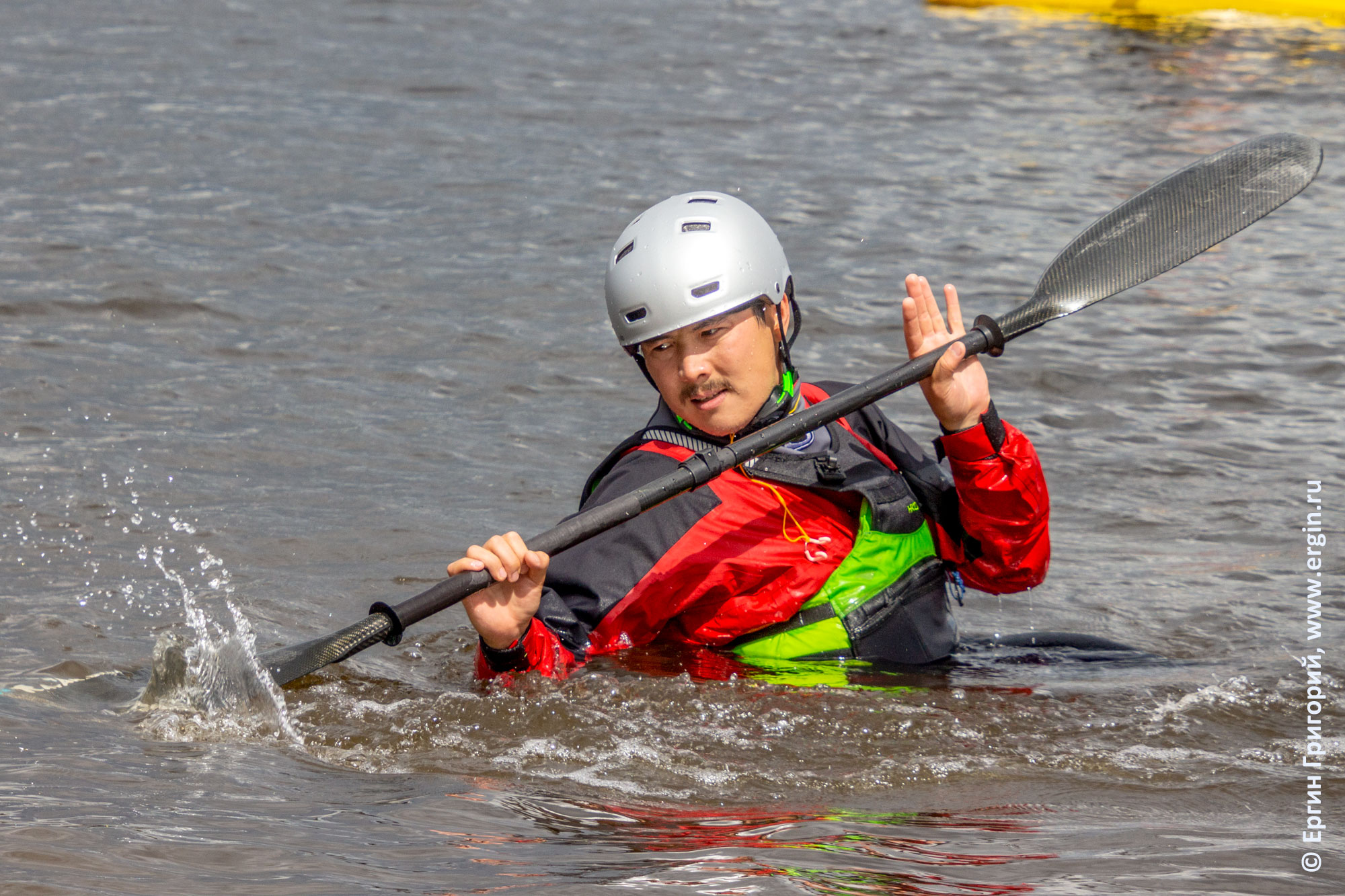 Отработка опор веслом в воде без каяка