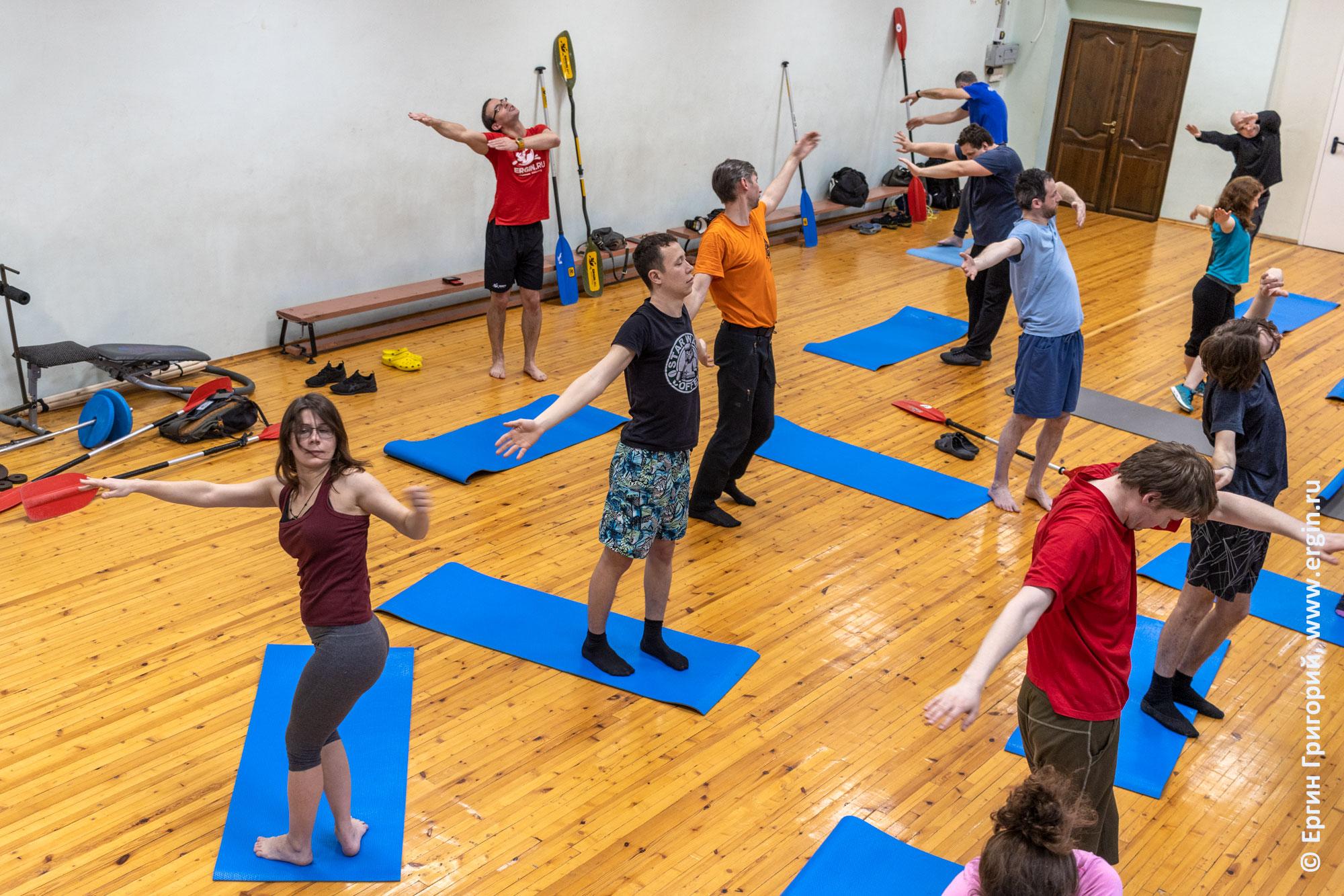 Упражнения для изучения эскимосского переворота без весла