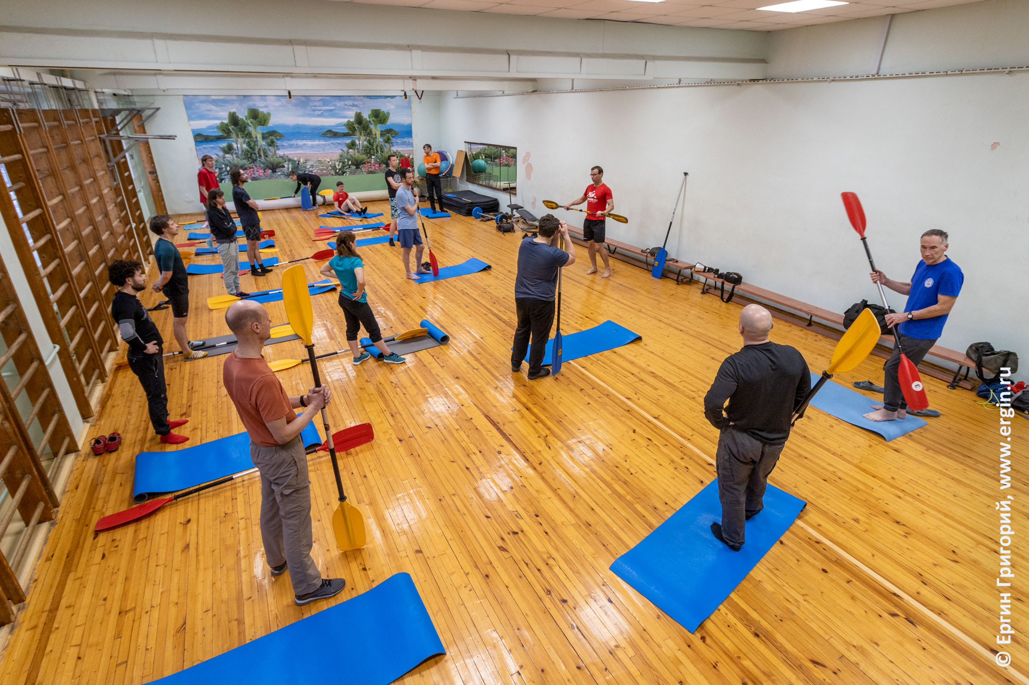Упражнения для изучения эскимосского переворота в зале