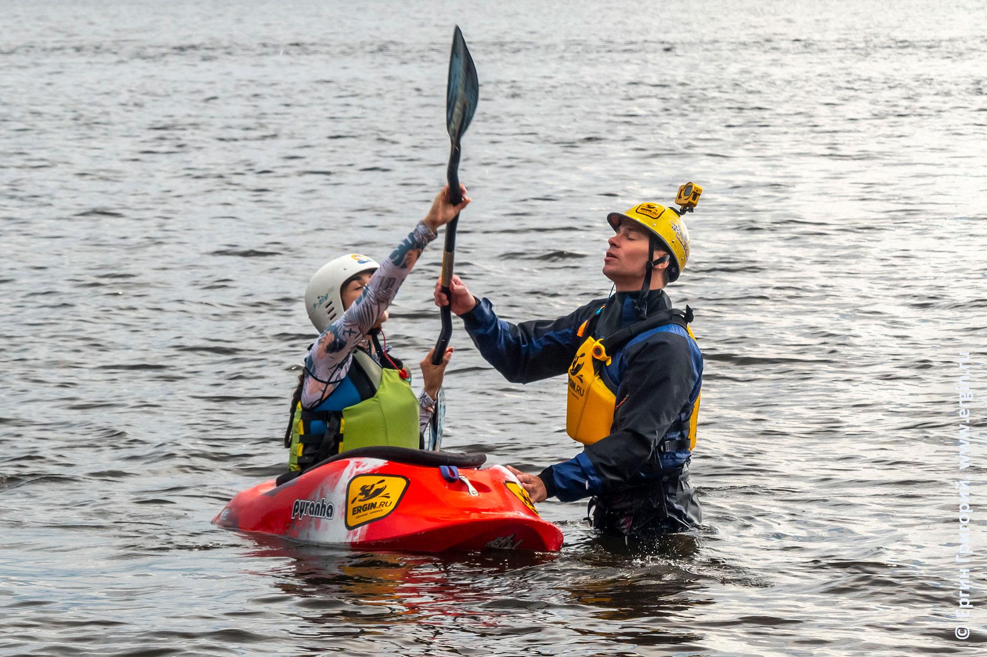 Тренировка опоры для выполнения эскимосского переворота прямым винтом